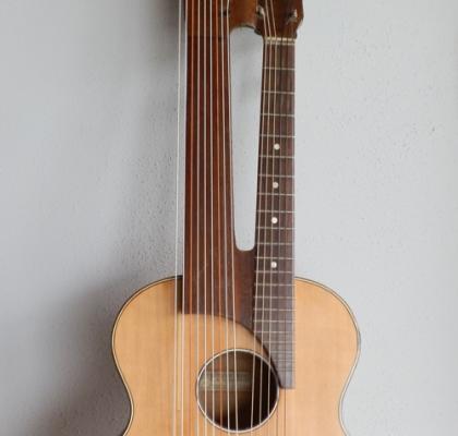 C.A: Wunderlich Vintage Harp Guitar
