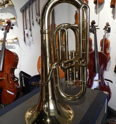 Donald E Getzen  *** Classic 800 Series Bb Baritone Horn