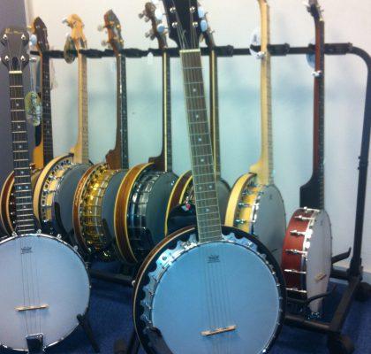 Stort udvalg af 4, 5 og 6 strengede banjoer.