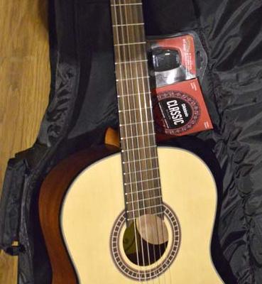 Santana B8S klassisk guitar