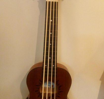 Baton Rouge V2 BS Sun Bass Ukulele